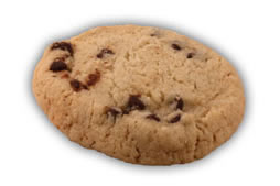 Pralinerkakor– Innehållsförteckning; VETEMJÖL, socker, vegetabilisk olja (palm,raps,kokos), potatisstärkelse, kakaomassa, vatten, PASTÖRISERADE ÄGG, emulgeringsmedel (E471,E322 (SOJA)), kakaosmör, natriumbikarbonat, arom (vanilj), salt, arom, surhetsreglerande medel (E330), konserveringsmedel E202, naturlig arom (vanilj), vitamin A och D.
