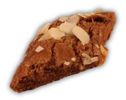 Osötade chokladsnitt– Innehållsförteckning; Vetemjöl,margarin,(veg.fett och olja, vatten,salt,emulg.medel (E475,E471),färgämne (betakaroten), surhetsreg.medel,(citronsyra),arom),fruktsocker ägg,kakopulver,vetegluten,bakpulver (E450,E500),klumpförebyggande medel (E170), vetestärkelse,mandel.