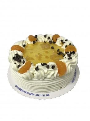 Apelsintårta– Innehållsförteckning;GRÄDDE, blixtanslagsmix (VETEMJÖL, socker, VETESTÄRKELSE, maltodextrin, SKUMMJÖLKSPULVER, bakpulver (E450a, E500, E341), emulgeringsmedel (E471, E472b, E477), VETEGLUTEN, färgämne E101), vatten, PASTÖRISERADE ÄGG, MJÖLK, socker, ÄGGULA, arom, modifierad majsstärkelse, chokladkvadrater (Socker, fullhärdat vegetabiliskt fett (palmkärna), fettreducerat kakaopulver, apelsinskal, ÄGGVITEPULVER, fullhärdat veg.fett (palmkärna), glukos/fruktossirap, kakaopulver, druvsocker, glukossirap, vaniljstång, förtjockningsmedel E412, emulgeringsmedel (E322 (solros),E492), färgämne E160a, färgämne E160e, geleringsmedel E440, konserveringsmedel E202, konserveringsmedel E211, konserveringsmedel E220, skumbildande medel (trietylcitrat), stabiliseringsmedel (E407), surhetsreglerande medel E330.